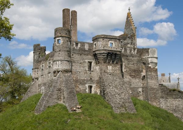 Chateau de plessis Macé 01.jpg
